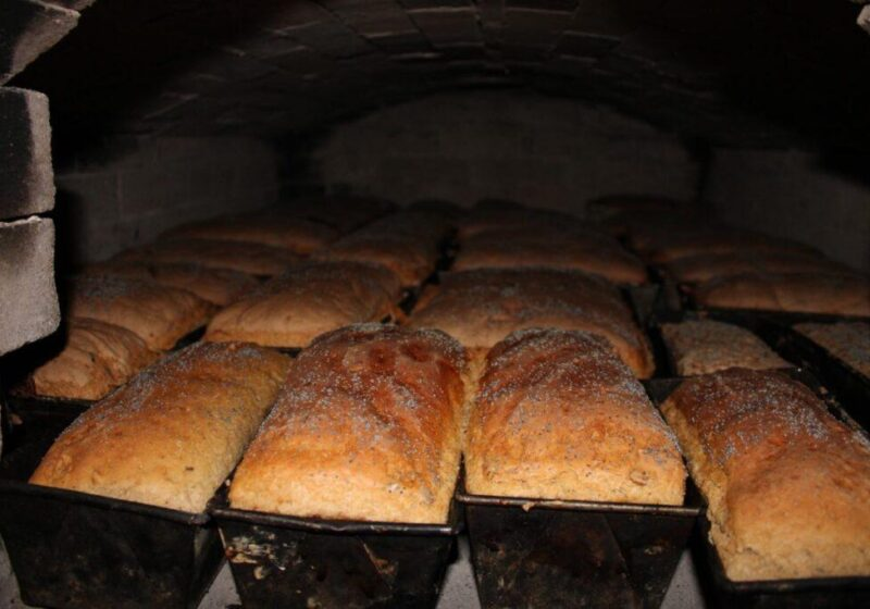 5 1 1024x683 800x560 Pokaz wypieku chleba